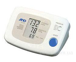 Ищете качественный электронный тонометр для измерения артериального давления.  Японская компания.
