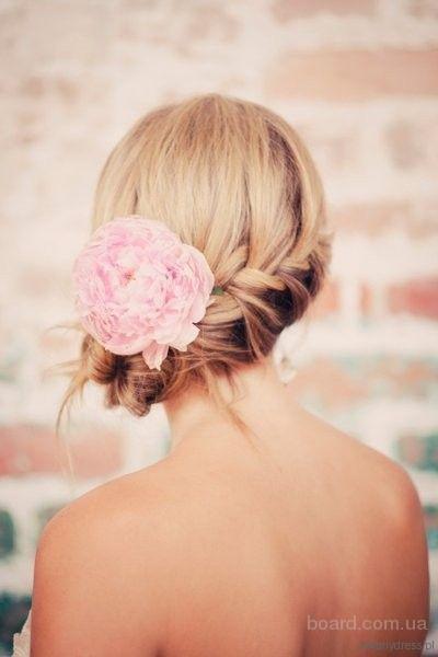Прически к празднику (плетение волос)