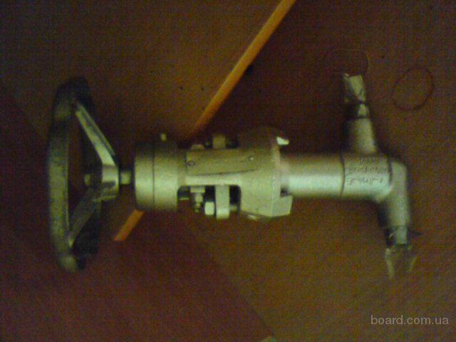 Вентиль сельфонный Ду 15 Ру 40 (А15-2В 4Мпа/250 С, 18х2,5) ст.08Х18Н10Т