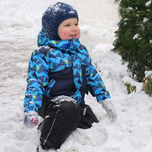Зимняя детская одежда торговой марки Би изи в Украине