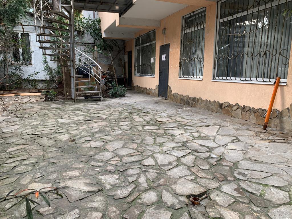 Вид на дворик