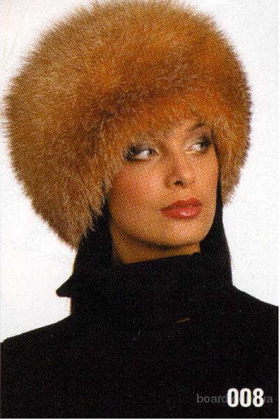 Выставка меховых шапок, головные уборы из меха , женские.
