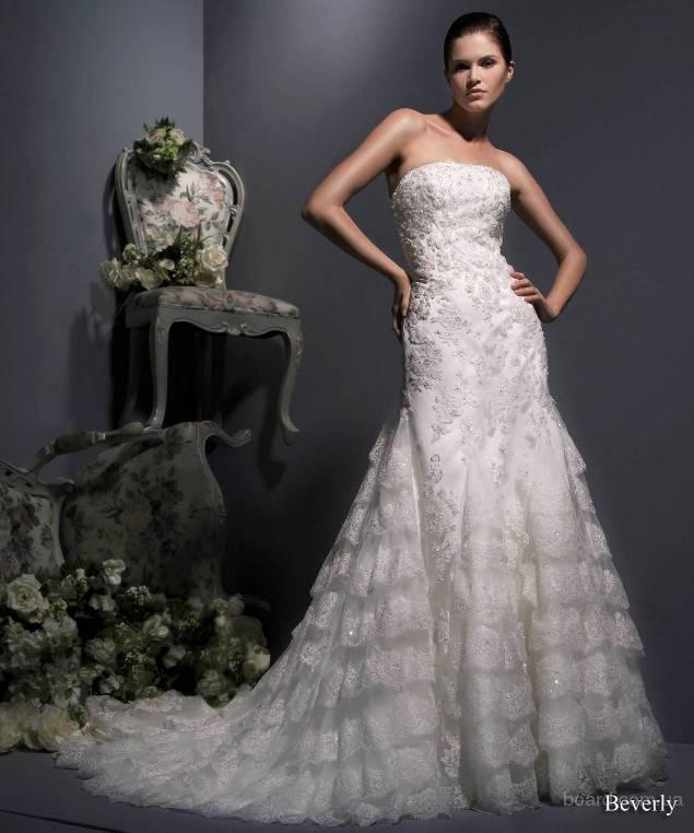 продам.  Американские свадебные платья Enzoani m. Beverley.