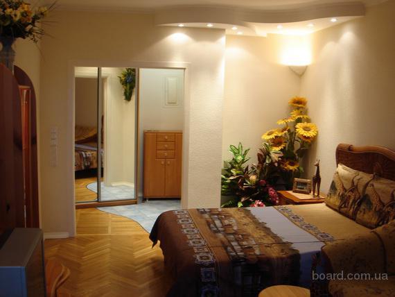 Аренда ул.Суворова-19, 1-ком., VIP-уровень, своя