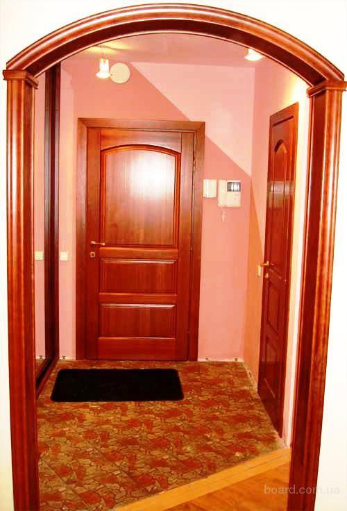 Двери межкомнатные, лестницы под заказ от производ