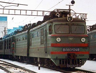 Последний электровоз выпуска 1963 г. ВЛ80к-015 вместо игнитронных выпрямителей был оборудован кремниевыми...