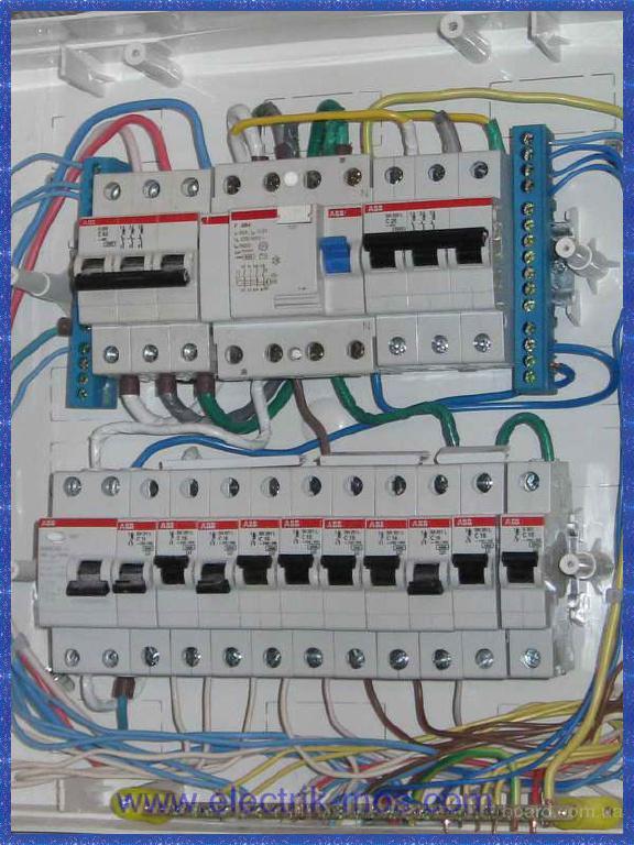 Электрический щит в сибе содержит Установка и мнтаж электрощитов.