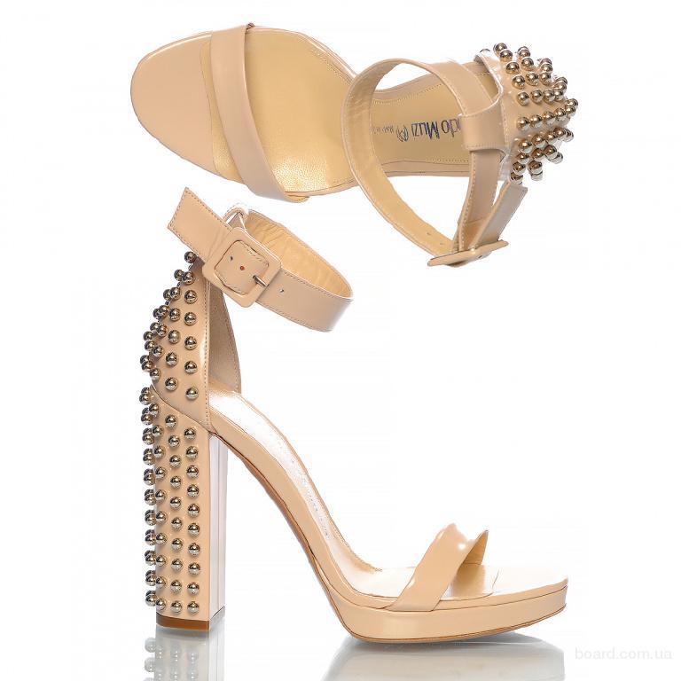 Брендовая обувь из Италии в Киеве с бесплатной доставкой по Украине