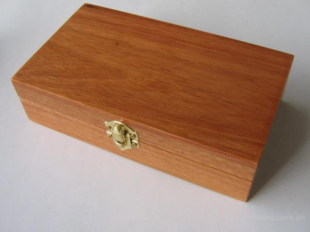 Деревянные коробки для вина, шкатулки, пеналы.
