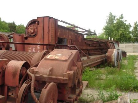 Продаю мостовые краны с хранения: 1. г/п 30/5 тн, пролет 22 м, Узловской завод, высота подъема 26м, тяжелый режим...