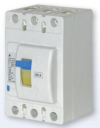 Особенности выключателей данного типа.  Трехполюсные автоматические выключатели типа ВА57 предназначены для...