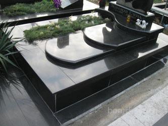 Как установить памятник на могилу своими руками?