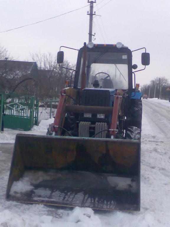 Трактор Беларус 82.1 2005 г. в Б/У   Трактора МТЗ БУ.