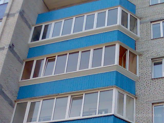 Эксперт жалюзи на пластиковые окна - остекление балконов.