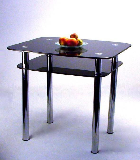 Кухонный стол, стеклянные столы. В наличии со склада