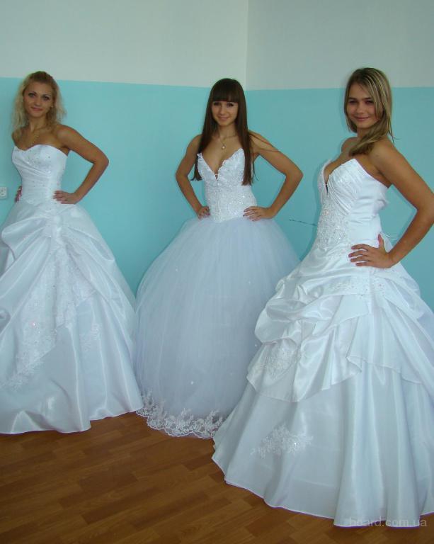 Свадебные платья оптом продам