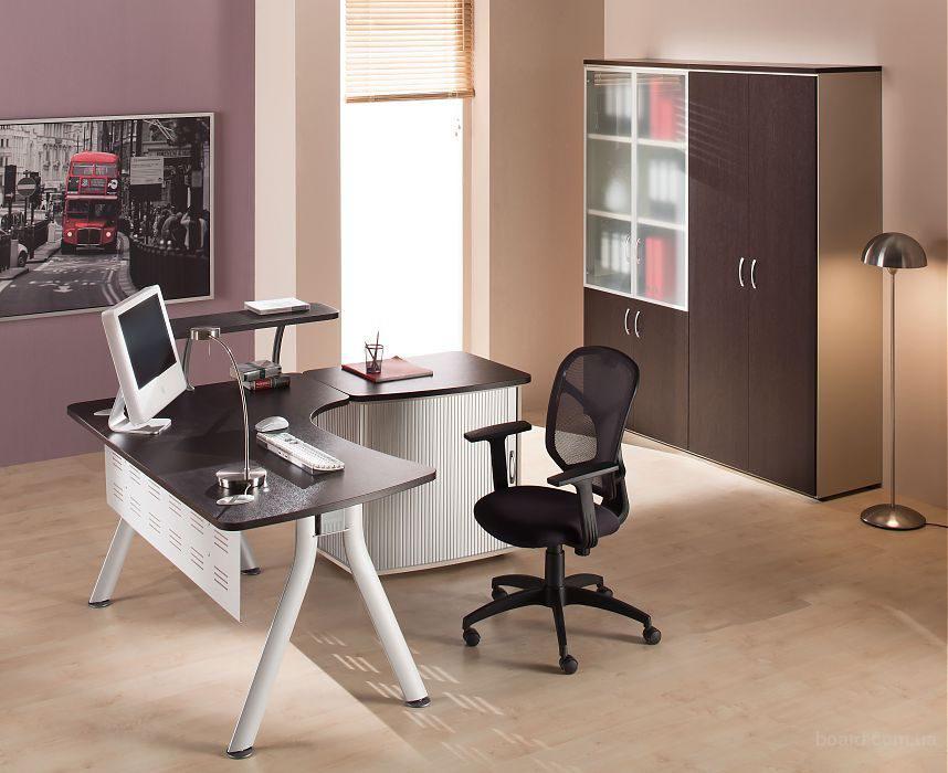 Офисная мебель в Москве