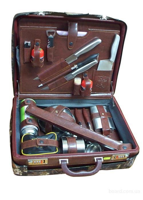 набор инструментов для рыбака