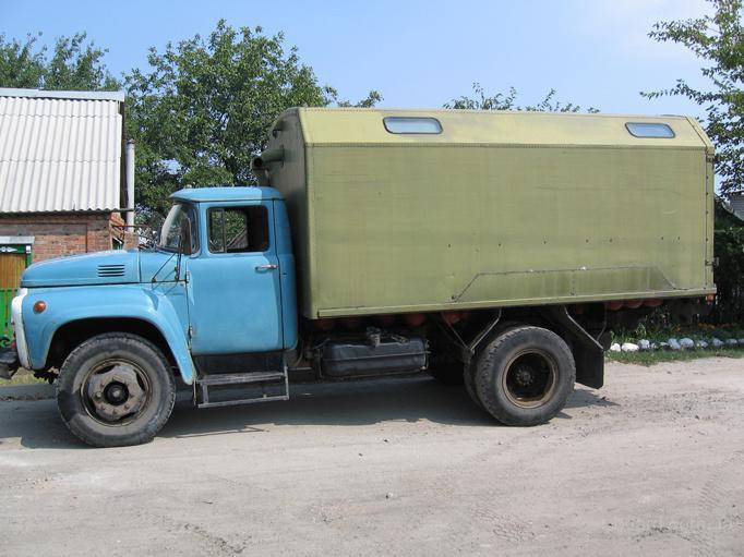 куплю зил-131 с фургоном.