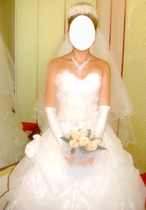 Продам Свадебное платье.  В комплект входят: платье, подъюбник с...
