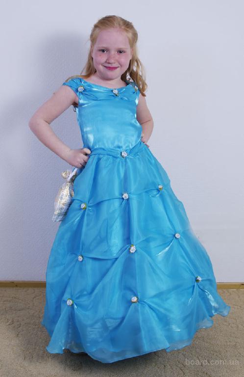 Нарядные платья для женщин Самара