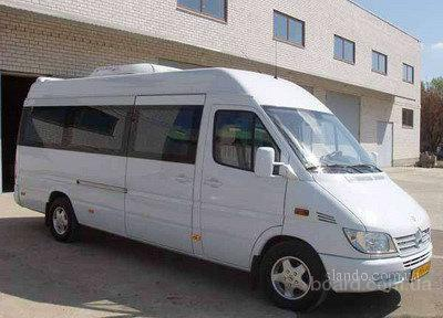 Перевозки из Италии Доставка груза микроавтобусами из Италии в Киев.