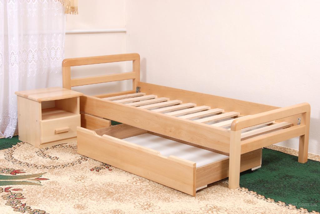 Односпальную деревянную кровать своими руками