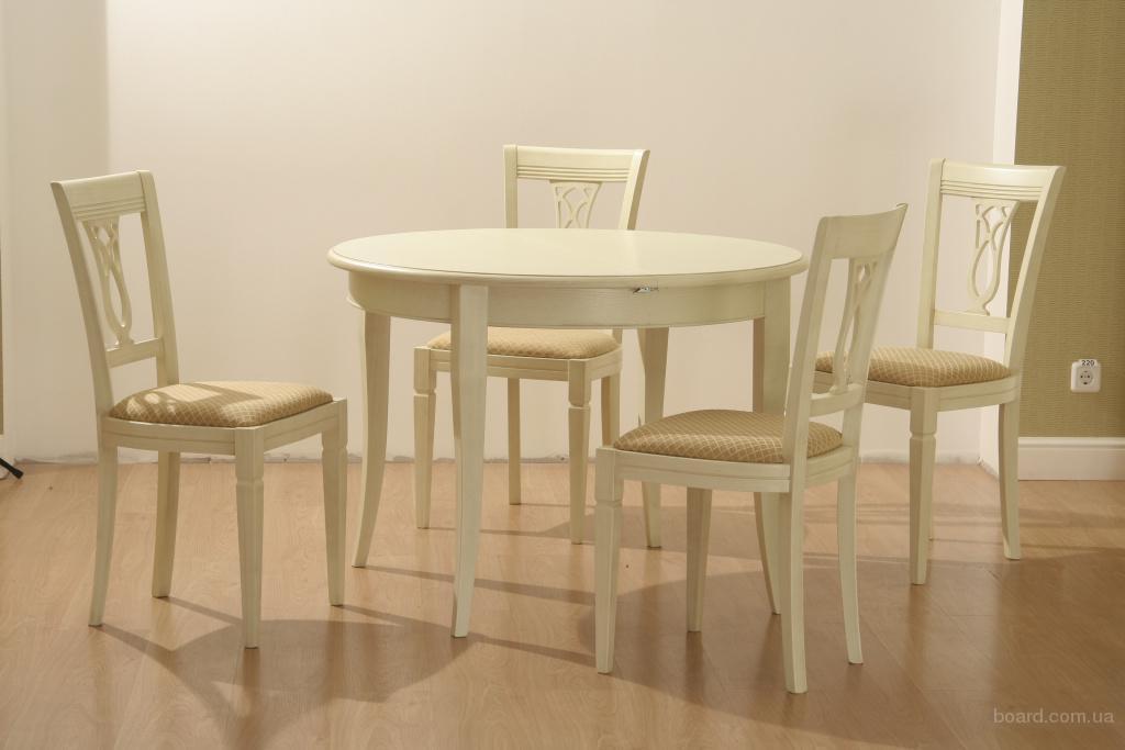 Белая мебель столы и стулья