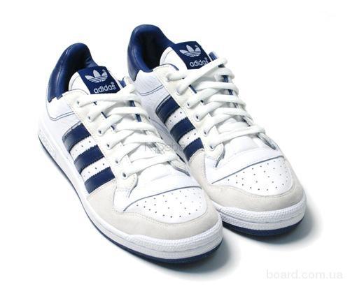 Adidas, Nike, Puma, Reebok, New Balance, Columbia, K-Swiss, Fila.