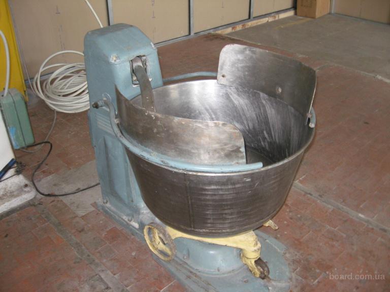 Продаю оборудование для кондитерского цеха.
