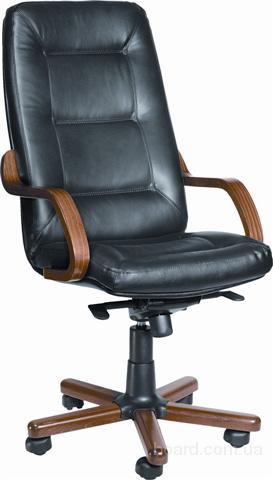 Кожаное кресло Сенатор