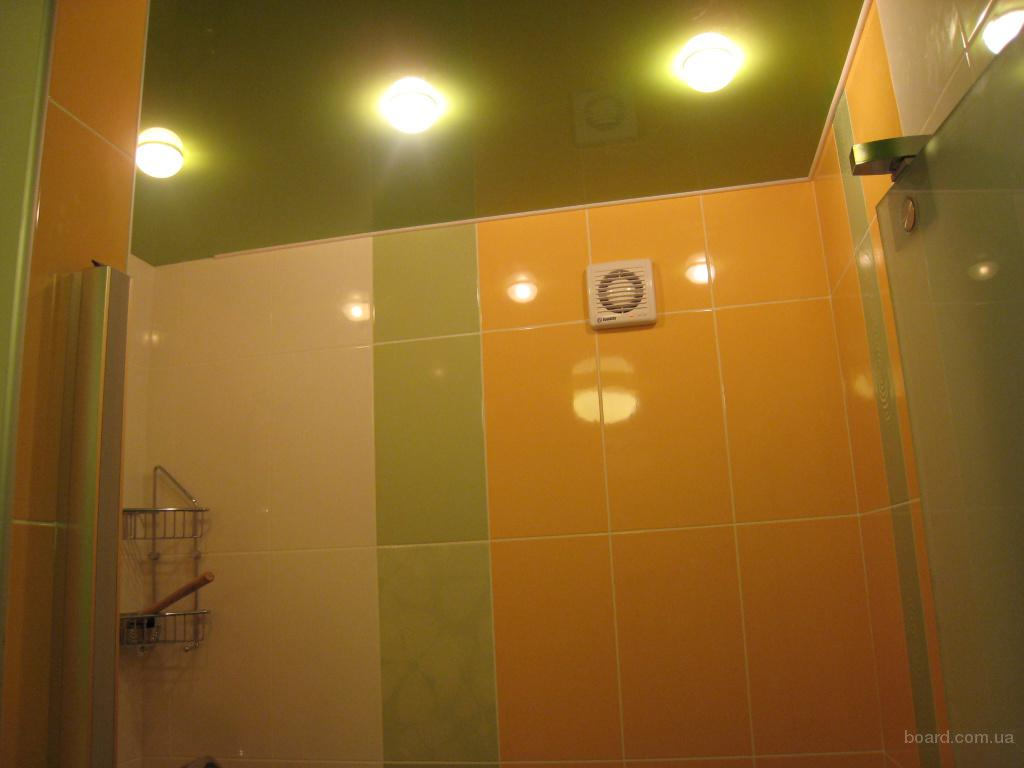 Как сделать потолок в санузле фото
