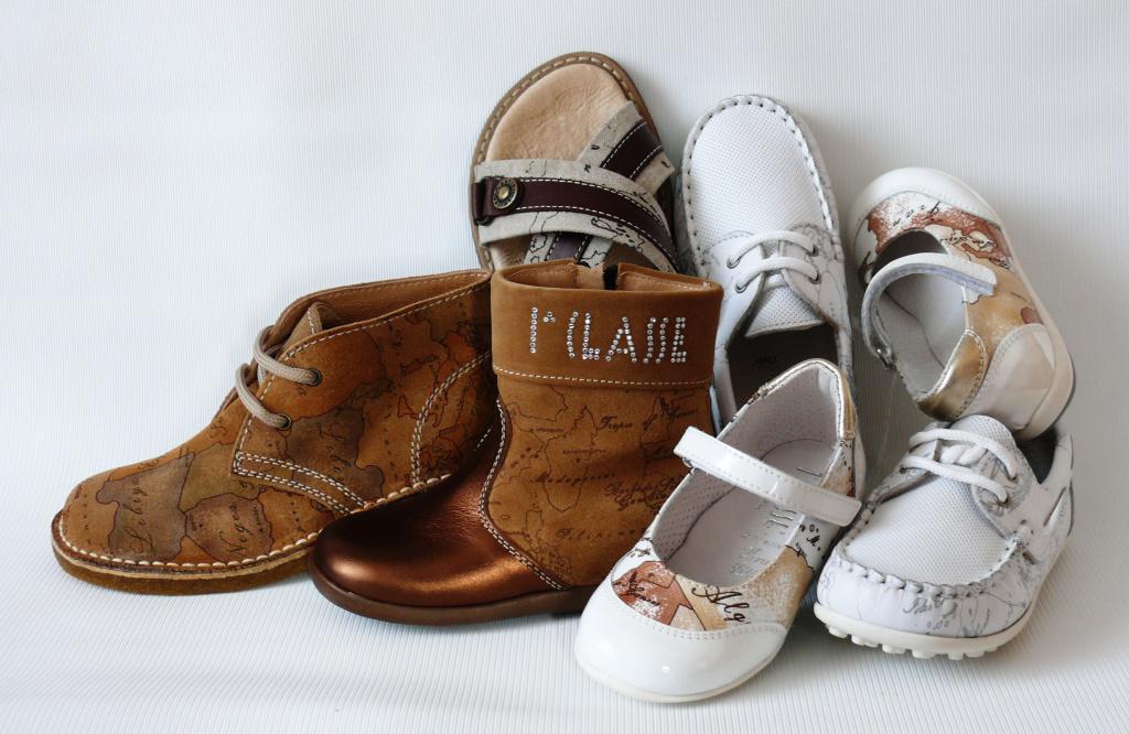 Брендовая обувь детская, подростковая.