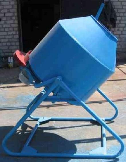 Бетономешалка новая 500 л. Гравитационного действия.  380 вольт.  Для приготовления бетона, раствора и других...