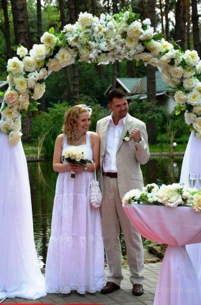 свадебная арка,прокат свадебной дорожки,киев