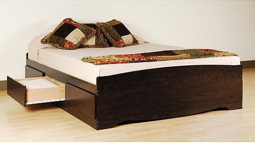 Продам двуспальные кровати из