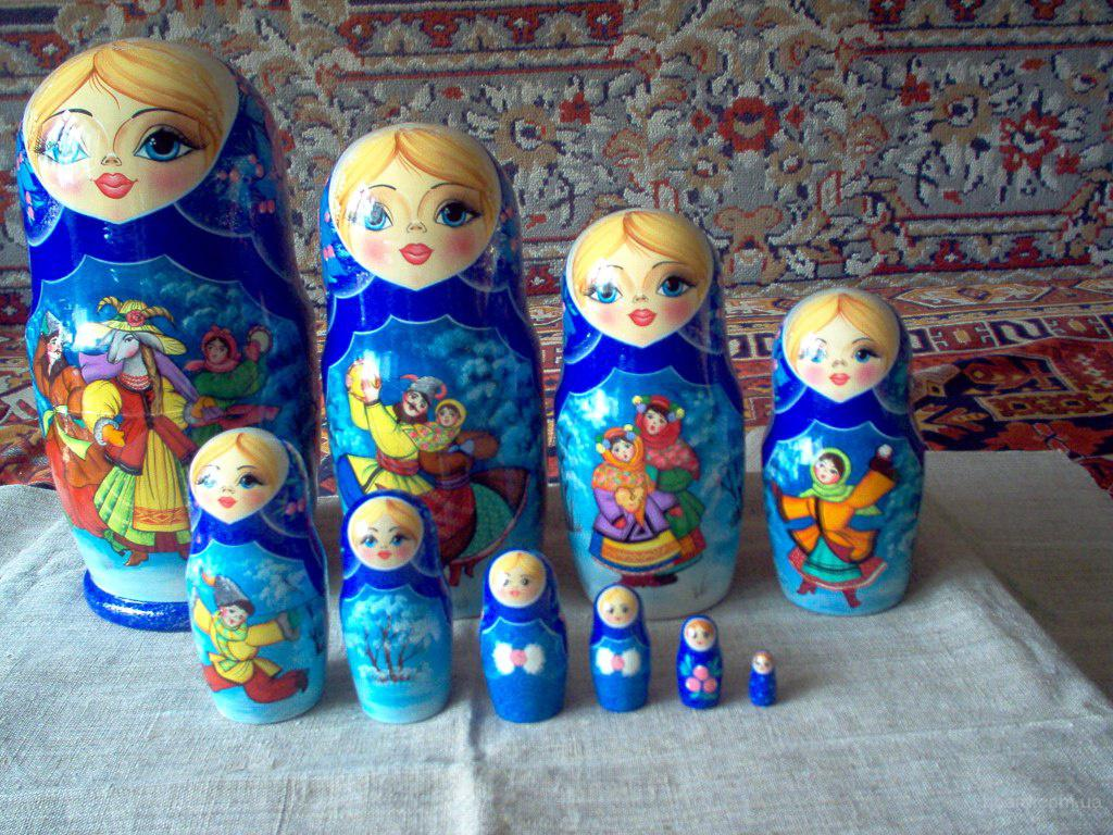 Матрешки в украинском стиле продам