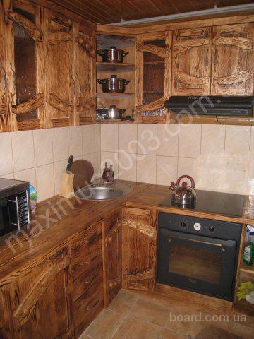 Предлагаем мебель в деревенском стиле для дома. Деревянная кухонная мебель, спальный гарнитур из массива под старину