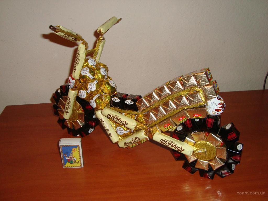 Мотоцикл из конфет своими руками фото