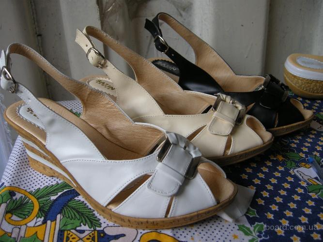 Зимняя обувь сапоги чулки. на каблуке резиновые сапоги заказать.