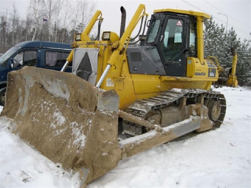 Продам бульдозер Komatsu Komatsu D65E-12, 15000 моточасов., Иркутск.