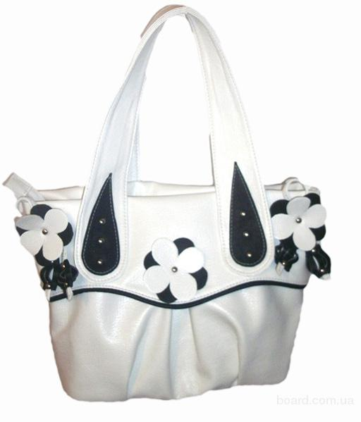 Производство и продажа сумок из искусственной кожи.