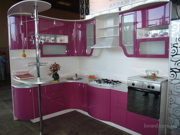 Оригинальный дизайн кухни и кухонная