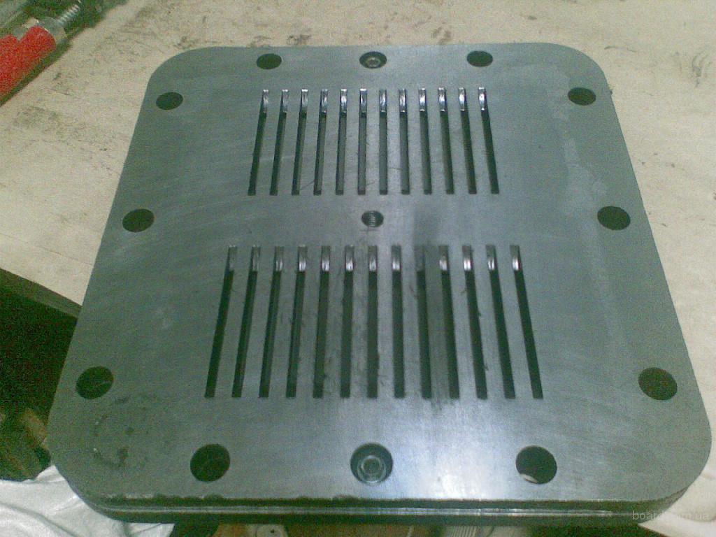 Пластины, пружины  клапана к компрессору поршневому.