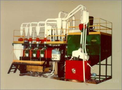 Мельницы представляют собой комплекс малогабаритного...  Далее.  Описание: Агрегатные вальцовые мельницы Р6-АВМ-7...
