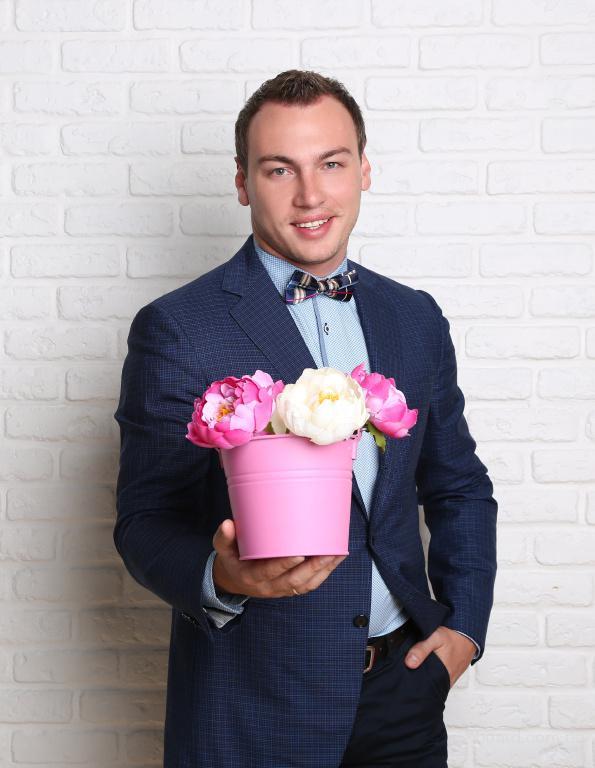 Ведущий на корпоратив, ведущий на свадьбу - Днепропетровск ...: http://www.board.com.ua/m1114-1043931739-veduschij-na-korporativ-veduschij-na-svadbu.html