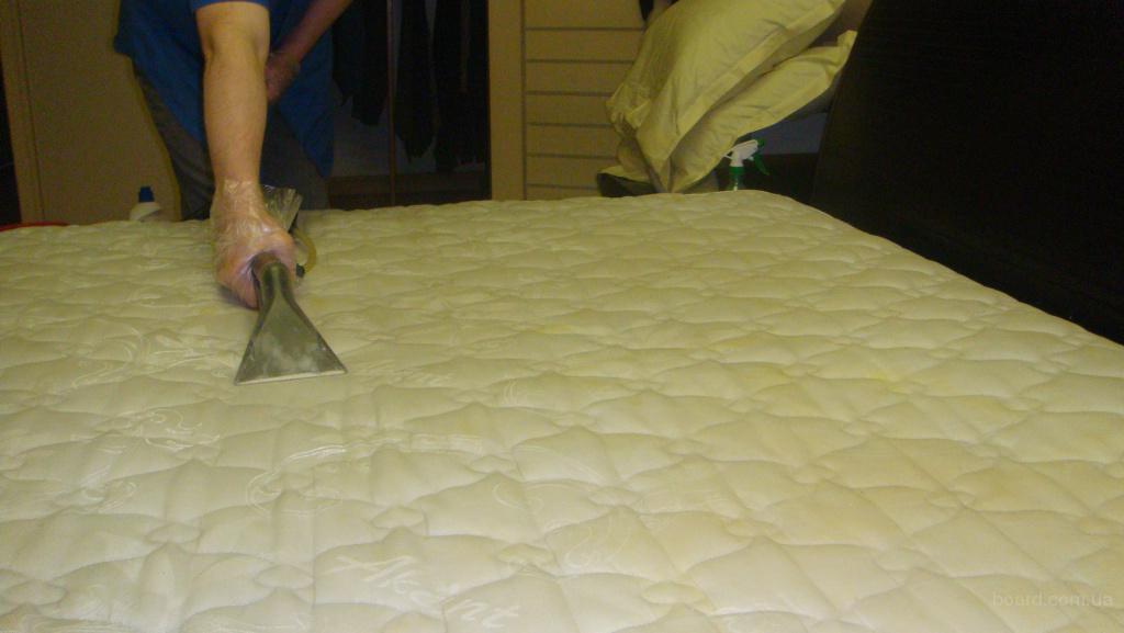 волога хімчистка килимів, м'яких меблів, матраців, шкіряних меблів