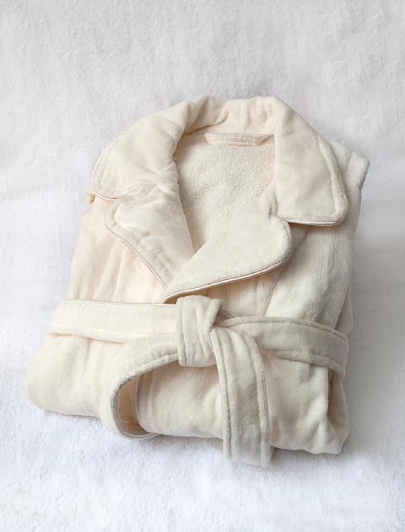 Махровые халаты.